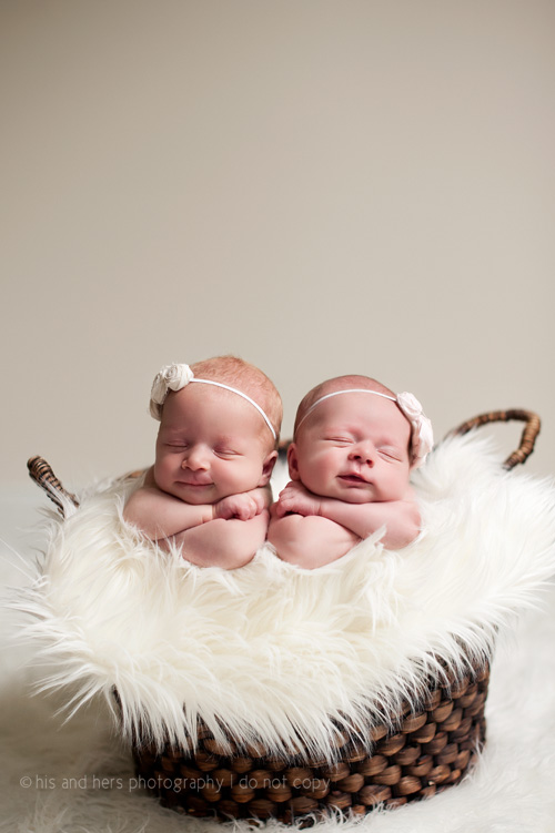 Sophia & Chloe Newborn Twins | Des Moines, Iowa Newborn Photographer