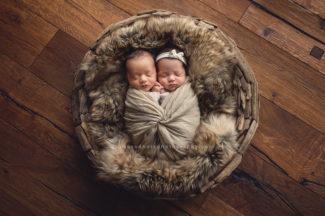 des moines iowa photographer newborn twins triplets photography iowa photos baby