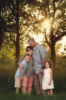 des moines iowa photographer child children's sibling family photographer best iowa photographer