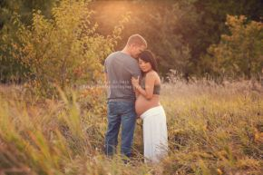 des moines iowa maternity pregnancy photographer