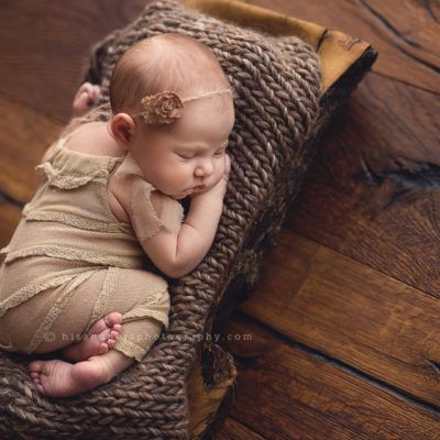 Newborn   Blaise, 8 days new