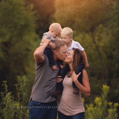des moines iowa family photographer family pictures family portraits baby child portraits birthday