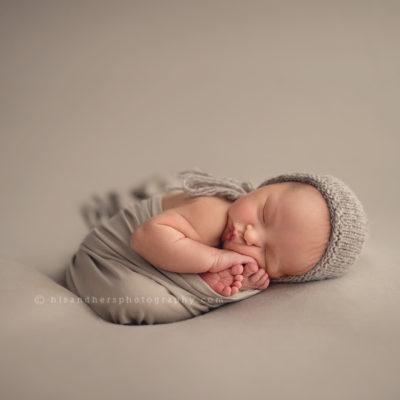 des moines iowa newborn baby photographer photography pictures portraits photography studio