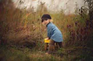 des moines iowa children's photographer photography session 2 years
