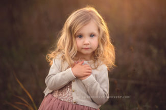 des moines iowa child photographer 3 years old pictures portraits 3 birthday photographer iowa