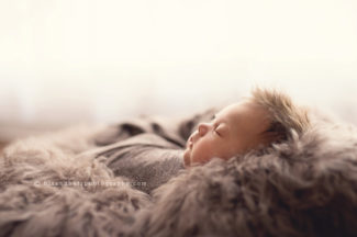 newborn baby des moines iowa photographer photography studio best photographer