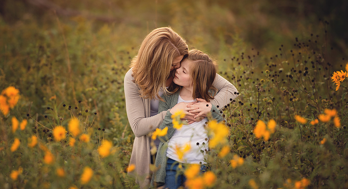 des moines iowa family portrait photographer mother daughter mommy and me