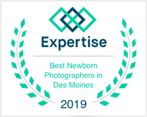 best newborn photographer iowa des moines