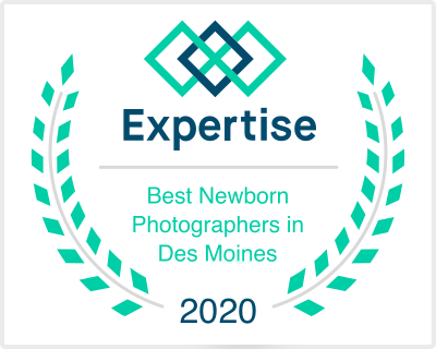 best newborn photographer des moines iowa