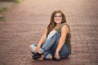 des moines iowa senior pictures portraits photographer